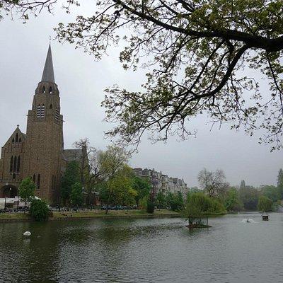 Église Sainte-Croix, Ixelles