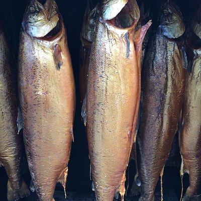 Wer Fisch mag muss unbedingt einen Bummel über den Fischmarkt machen....