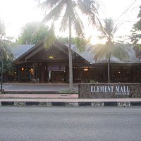 Element mall main place