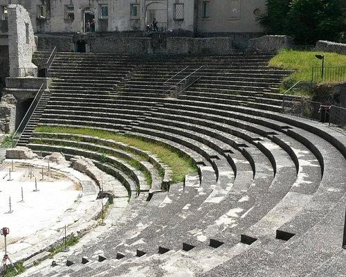 Anfiteatro romano - foto 4
