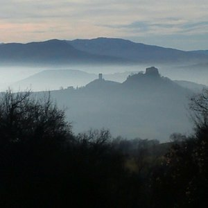 Castles & Apennines into the clouds