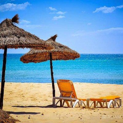 Summer scene at the beautiful Hammamet beach. #adamtasimages #adam-tas #beach #tunisia