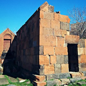 Chapels of Avan in ruins. At the east end of the Avan neighborhood. Nice place for a picnic.