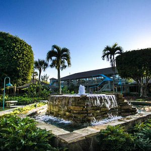 We are a shopping oasis located on 7 park-like acres.