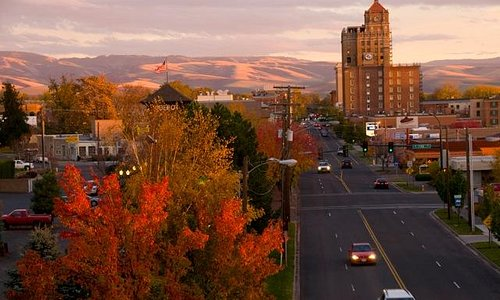 The bird's-eye view of the history Marcus Whitman Hotel & Conference Center in downtown Walla Wa