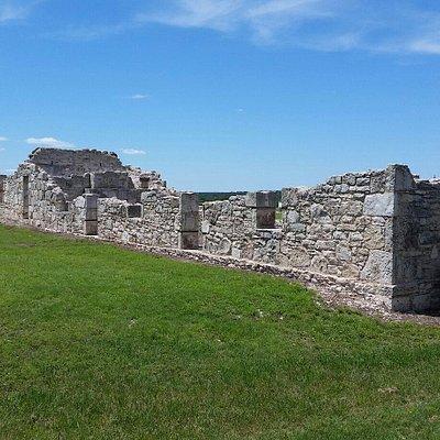 Crumbling Fort Walls