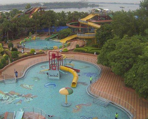 Jalavihar Water park in side