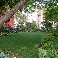 Encantador Jardín