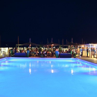 The big pool at the pine walk of Puerto Pollensa!