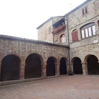 The cloister of the former S. Francesco Monastery