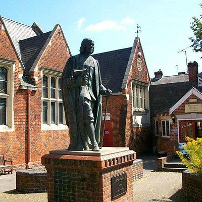 Figure of John Ray outside Braintree Museum