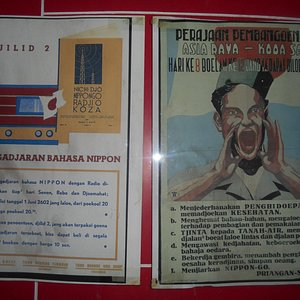 salah satu leaflet pada masa penjajahan Jepang yang dipamerkan di Museum Joang 45