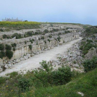 Broadcroft Quarry