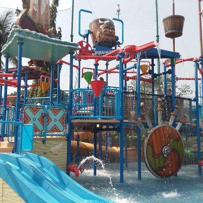 The Wave Pondok Indah Water Park