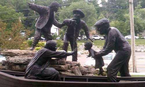 Freedom Crossing Monument
