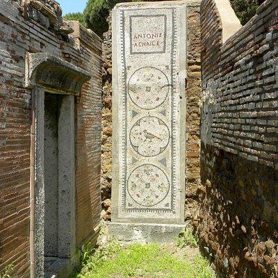 Iscrizione tomba