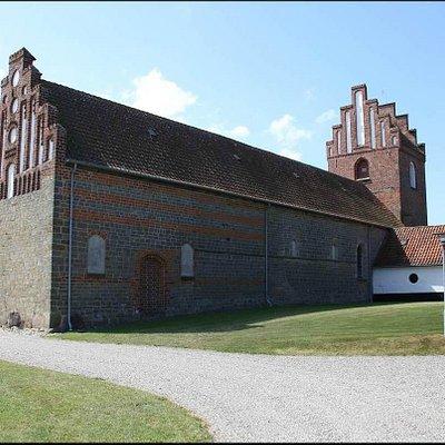 Kirken fra højre