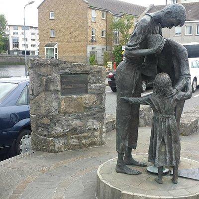 The Famine Family Memorial