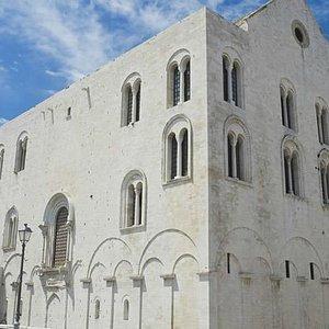 Transfer per Terra di Bari - Noleggio auto con conducente