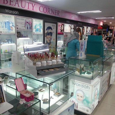 The cosmetics and beauty section in the Robinson Department Store