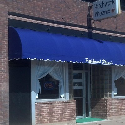 Ice cream parlor, art gallery, tea parlor, gift shop, quilting shop