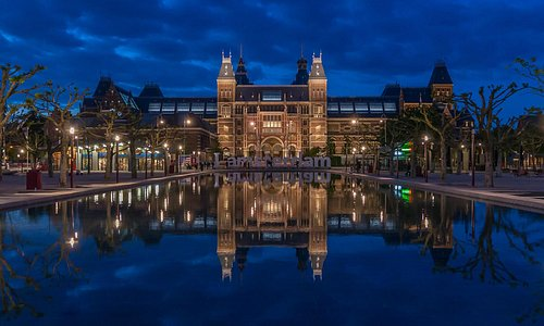 Rijksmuseum building. Photo John Lewis Marshall