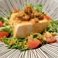 Buenísima ensalada de tofu