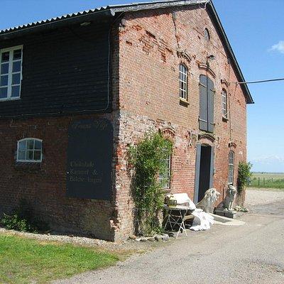 Fruens Vilje i gammel bygning
