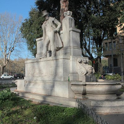 Piazza Giuseppe Giacchino Belli a Trastevere