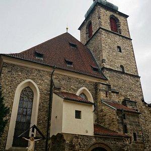 Костёл Святого Индржиха и Святой Кунгуты