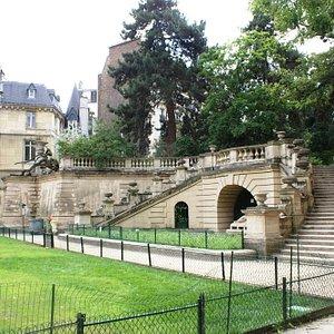Jardin  public des Arènes ,  accès rue des Arènes