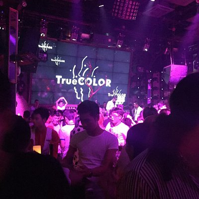 Trueclor is the best of the city. Perfect dj. House progresive and bakkal music play. Price is n