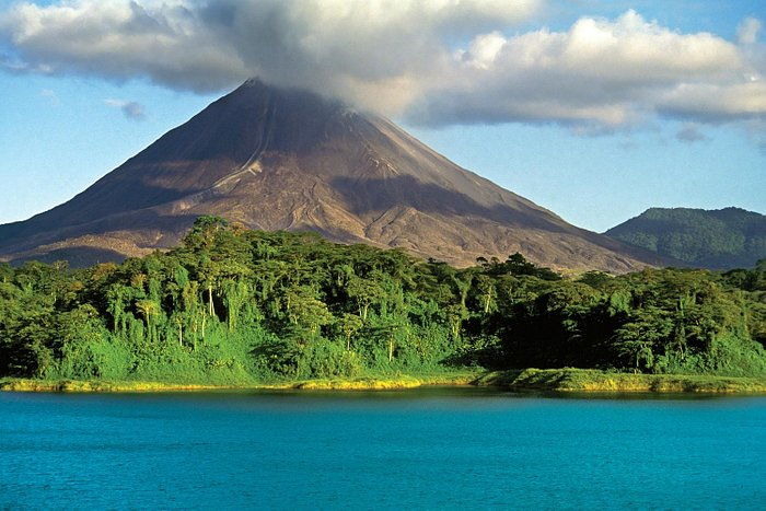 Arenal Volcano, tours, Liberia airport transfers and activities in Guanacaste, Costa Rica