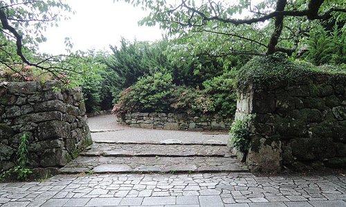 坂本の穴太衆積み石垣2