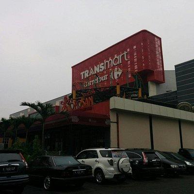 Tampak Transmart Carrefour di Tangerang