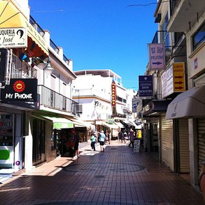 the main street Calle San Miguel