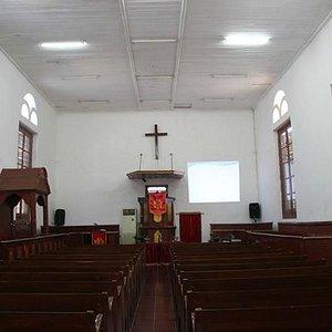 Interior Gereja Tugu