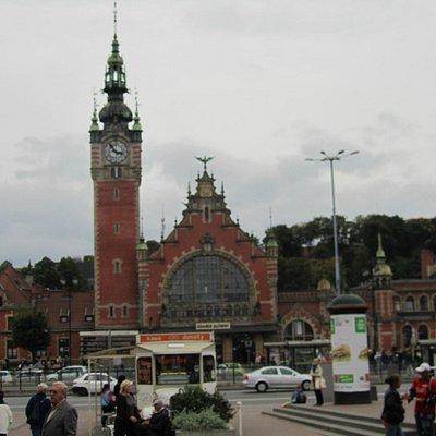Hauptbahnhof  Danzig - Dworzec PKP Gdansk