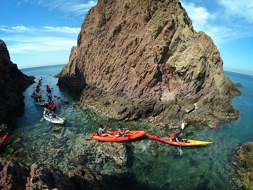 Cabo de Gata Activo rutas en kayak