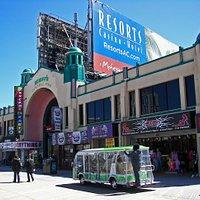 Schiff's Central Pier Arcade