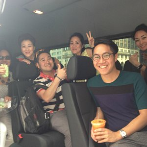New York City Guided Tours - Happy Guests from our private driving tours!