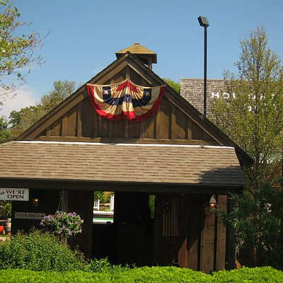 Entrance to miniature golf