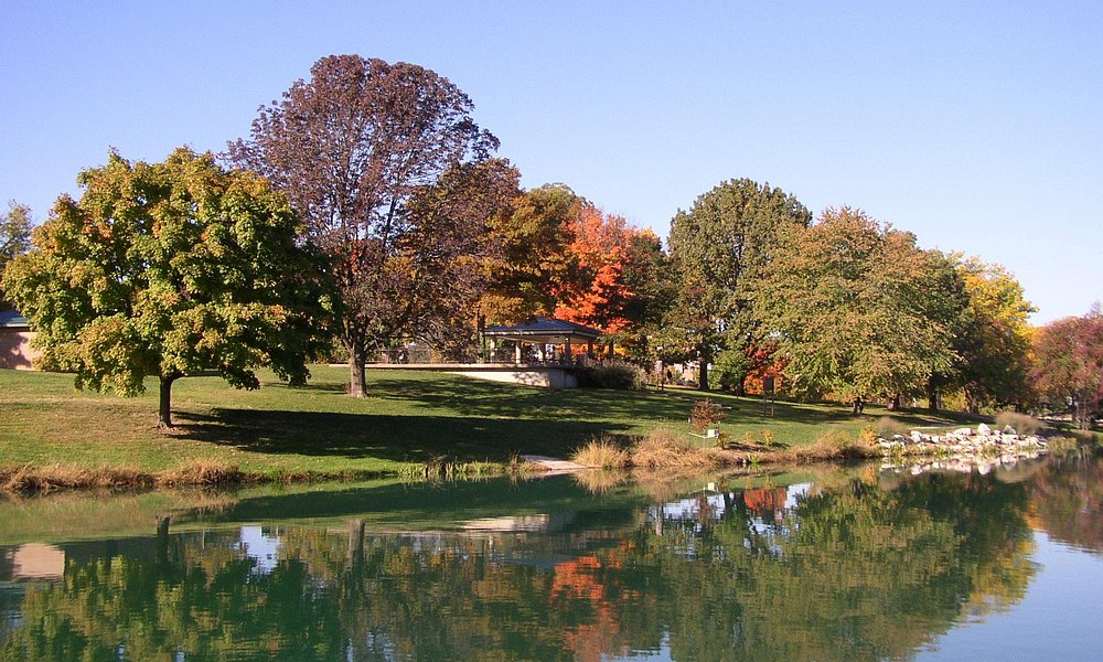 Fall in Stephens Lake Park, courtesy of Columbia Parks and Recreation