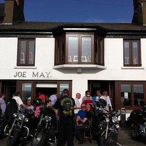 Typical sunny Day at Joe Mays