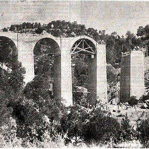 Puente en construccion entre Bot y Horta