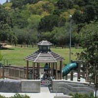 Laurelwood Park, San Mateo, Ca