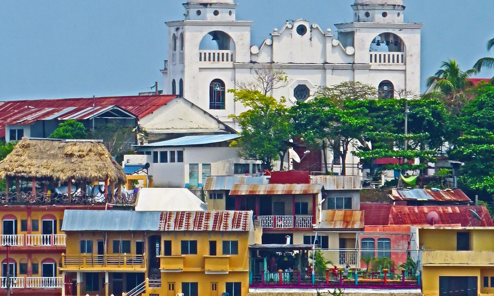 Catedral stands on the highest point of the island