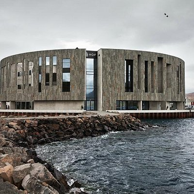 The sea can be rough and tough - we think it goes well with the building.