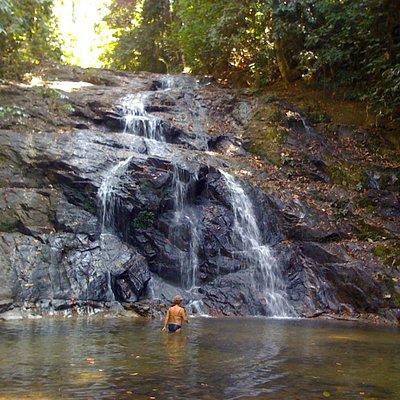 первый водопад и место для плавания