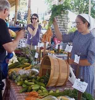 A local producer only authentic Farmers Market in the heart of Downtown Harrisonburg.